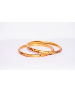 KR GOLD PLATED AROUND DESIGN & THIN 2 BANGLES OF 1 SET SIZE 2.8